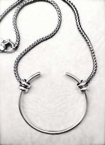 torque-necklace