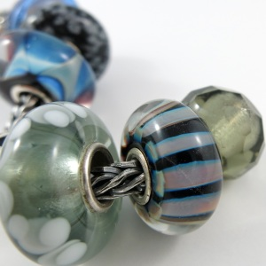 bc-deepblue-stripe2