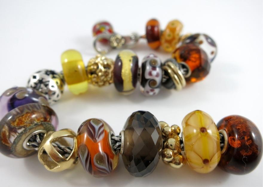 amber-scurve